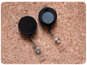 MAGNET Back Badge Reel, Switchable Base, Permanent or Interchangeable